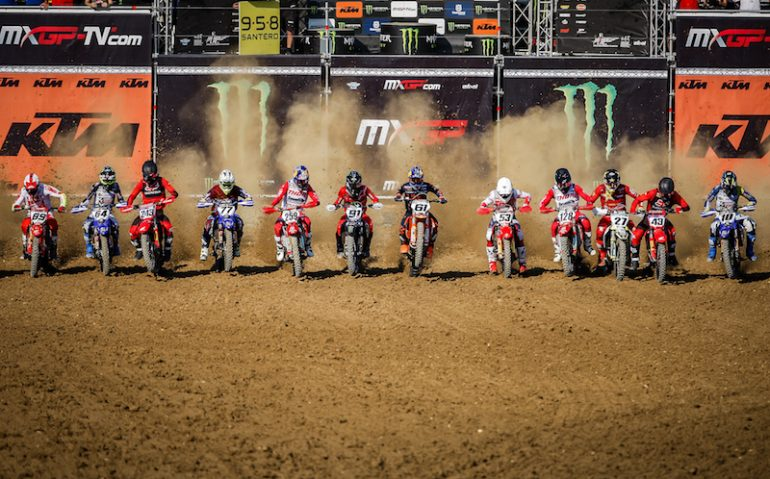 START-MXGP-10-MOTOCROSS-GP-08-ER-2020